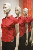 Modellen in rood Stock Afbeelding