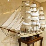 Modellen seglar skeppet Arkivfoto