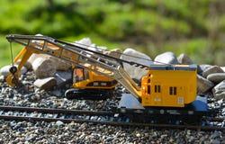 Modellen van de spoorwegen Marklin, mobiele kraan stock foto's