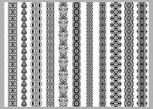Modeller för beståndsdelar för indierHenna Border garnering i svartvita färger royaltyfri illustrationer