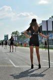 Modeller för race startar i Monza racespår Arkivfoto