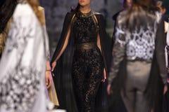 Modeller för show för modecatwalklandningsbana Fotografering för Bildbyråer
