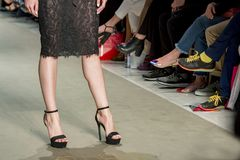 Modeller i modeshow Royaltyfri Foto