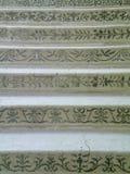 Modeller på marmortrappa Arkivfoton