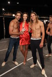 Modeller som i kulisserna poserar för KYBOEN! modeshow Royaltyfria Bilder