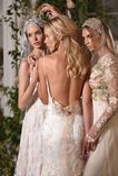 Modeller som poserar under Claire Pettibone Four Seasons Collection, ställer ut Arkivfoton