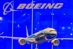 Modellera av Boeing 777 Fotografering för Bildbyråer