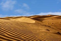 Modelli astratti nelle dune del deserto arabo Immagine Stock Libera da Diritti