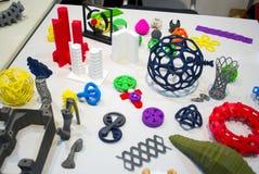 Modelli astratti stampati dal primo piano della stampante 3d Fotografia Stock Libera da Diritti