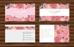 Modelli del biglietto da visita con le rose rosa anteriori e la vista posteriore Fotografia Stock