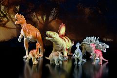 Modelli del giocattolo dei dinosauri fotografie stock