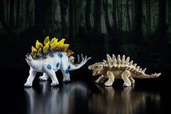 Modelli del giocattolo dei dinosauri fotografia stock libera da diritti