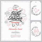Modelli dell'invito della doccia di bambino messi Illustrazione d'annata disegnata a mano Fotografie Stock
