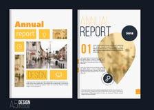 Modelli di copertura dell'opuscolo di vettore con il paesaggio blured della città Progettazione della copertina di libro di affar Immagine Stock