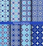 Modelli floreali degli ambiti di provenienza blu Fotografia Stock