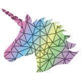 Modelli la siluetta dell'unicorno magico sui precedenti di effetto dell'arcobaleno e nel poli modello del triangolo di stile scan Fotografia Stock Libera da Diritti