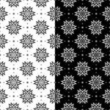 Modelli senza cuciture floreali in bianco e nero Insieme degli ambiti di provenienza Immagini Stock Libere da Diritti