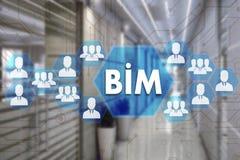 Modellistica di informazioni della costruzione BIM sul touch screen con una b fotografie stock libere da diritti