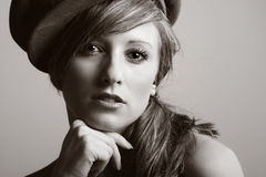 Modello adolescente in cappello Fotografia Stock