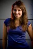 Modello adolescente del bello brunette in un randello di notte Fotografia Stock Libera da Diritti