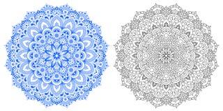 Modello astratto di una mandala Colori bianchi e blu Il profilo del modello è un modello per colorizing Immagini Stock