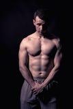 Modello atletico di forma fisica dell'uomo Fotografie Stock