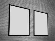 Modello in bianco della cornice sulla parete di lerciume, rappresentazione realistica del telaio della foto, illustrazione 3D Immagini Stock Libere da Diritti