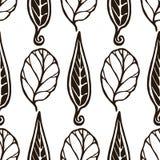 Modello in bianco e nero senza cuciture decorativo con le foglie Struttura alla moda senza fine Modello per il tessuto di progett Immagini Stock Libere da Diritti