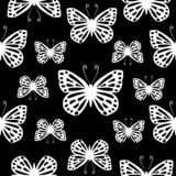 Modello in bianco e nero senza cuciture di vettore delle farfalle illustrazione vettoriale