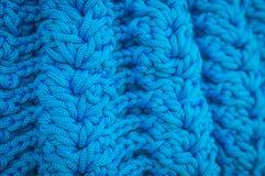 Modello blu che tricotta lana Fotografie Stock Libere da Diritti
