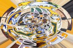 Modello circolare con dei i pezzi colorati multi di mattonelle Fotografia Stock