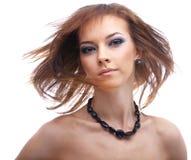 Modello con capelli d'ondeggiamento Fotografia Stock