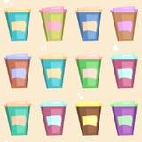 Modello con le tazze di caffè eliminabili Fotografia Stock Libera da Diritti