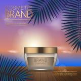 Modello cosmetico di estate sulla spiaggia di tramonto con il fondo esotico delle foglie di palma Progettazione realistica 3D Immagine Stock
