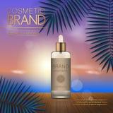 Modello cosmetico di estate sulla spiaggia di tramonto con il fondo esotico delle foglie di palma Progettazione realistica 3D Immagini Stock