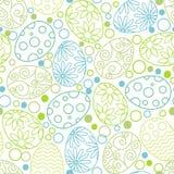 Modello decorativo delle uova di Pasqua su fondo bianco Modello felice di Pasqua con le uova, i fiori e le foglie Vettore piano royalty illustrazione gratis