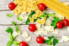Modello degli ingredienti della pasta Fotografia Stock Libera da Diritti
