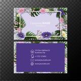 Modello del biglietto da visita con i fiori su fondo blu Fotografia Stock