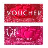 Modello del buono della carta di regalo di giorno di biglietti di S. Valentino Su bello fondo con i cuori e su spazio per il vost Fotografia Stock Libera da Diritti