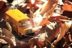 Modello del giocattolo dello scuolabus Immagine Stock