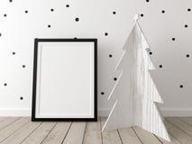 Modello del manifesto con un albero di Natale di legno Immagine Stock