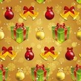 Modello del nuovo anno con i giocattoli dell'albero, il regalo e la campana di Natale Immagine Stock Libera da Diritti