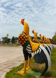 Modello del pollo, decorato in un giardino Fotografia Stock