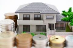 Modello dell'alloggio e dei soldi Immagine Stock