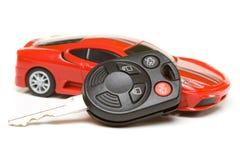 Modello dell'automobile sportiva con il tasto Immagini Stock Libere da Diritti