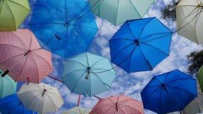 Modello dell'ombrello nel cielo Fotografia Stock