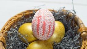 modello dell'uovo in un canestro Immagine Stock Libera da Diritti