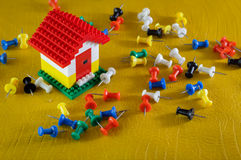 Modello della Camera con l'insieme dei perni di colore Immagine Stock Libera da Diritti