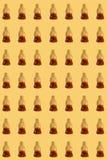Modello della gelatina della cola su fondo giallo Immagini Stock Libere da Diritti