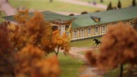 Modello della miniatura della carrozza a cavalli stock footage